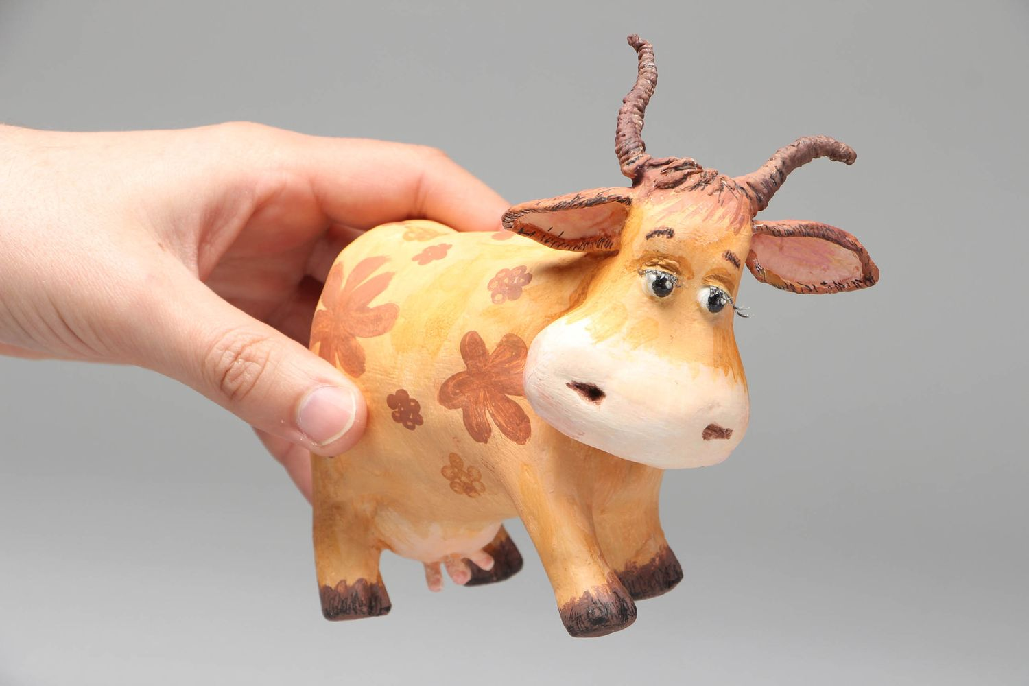 Paper mache figurine Cow photo 4