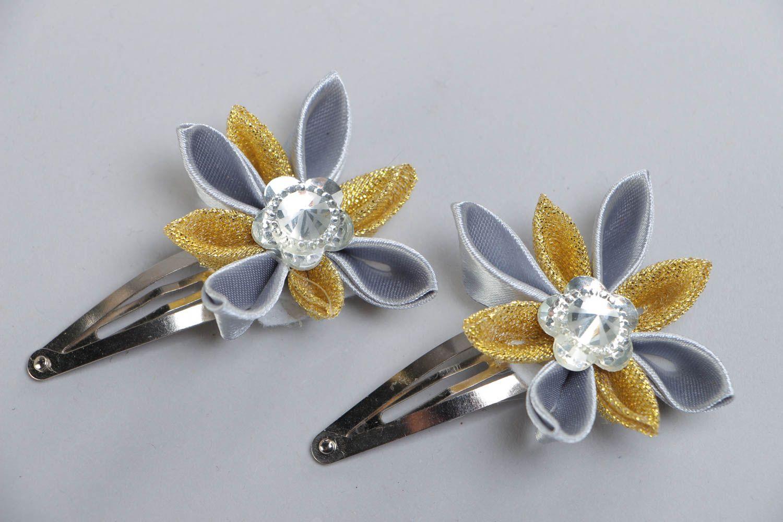 Set of 2 handmade satin ribbon flower hair clips for girls photo 2