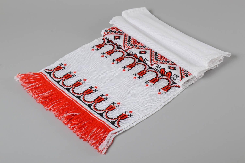 Madeheart toalla bordada en punto de cruz artesanal for Disenos de punto de cruz
