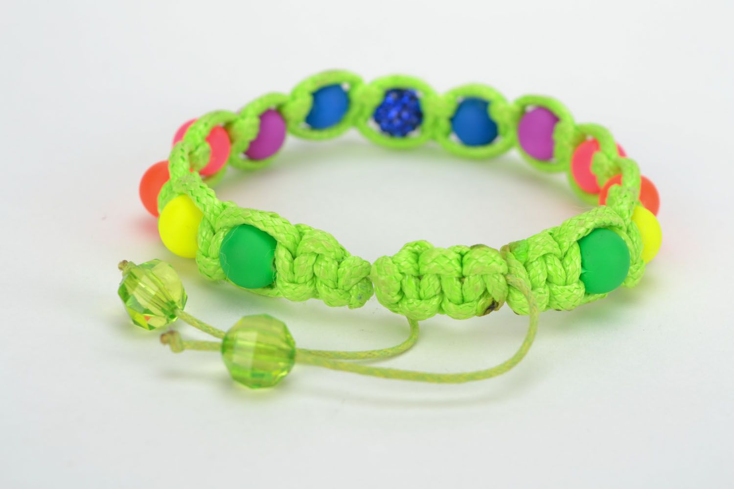 Bracelet woven of colorful beads photo 5