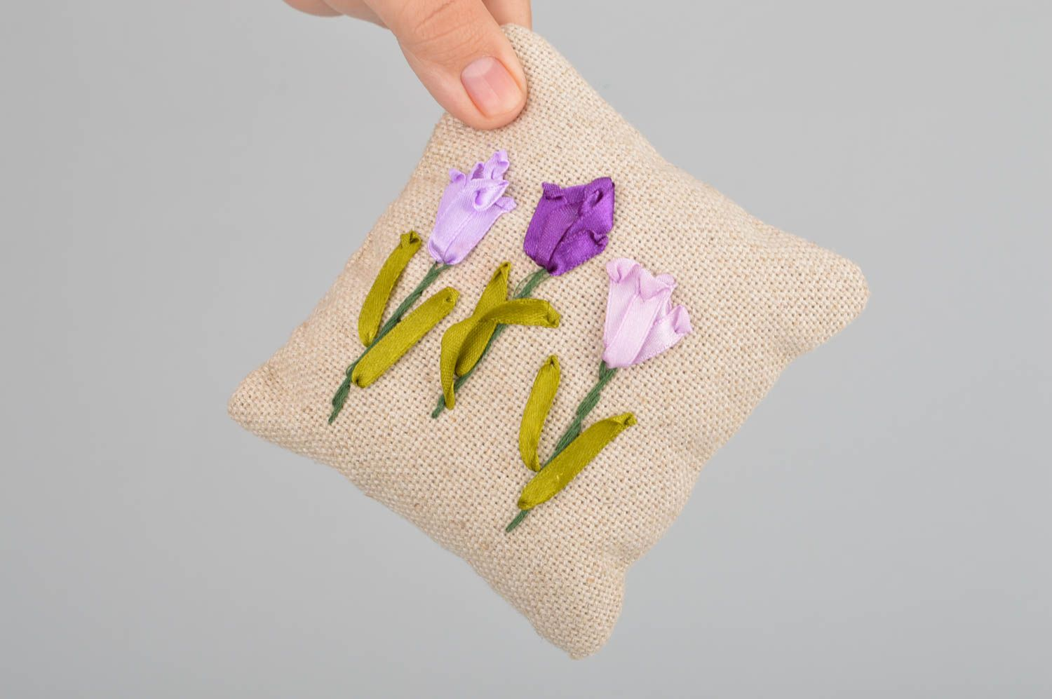 Beautiful small handmade scented linen fabric sachet pillow with embroidery photo 4