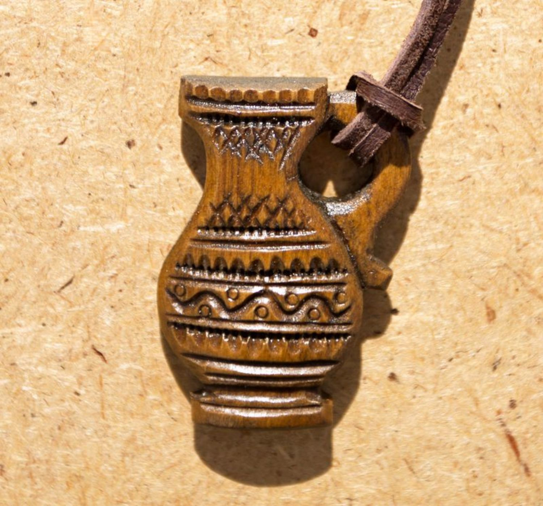 Handmade wooden pendant photo 1