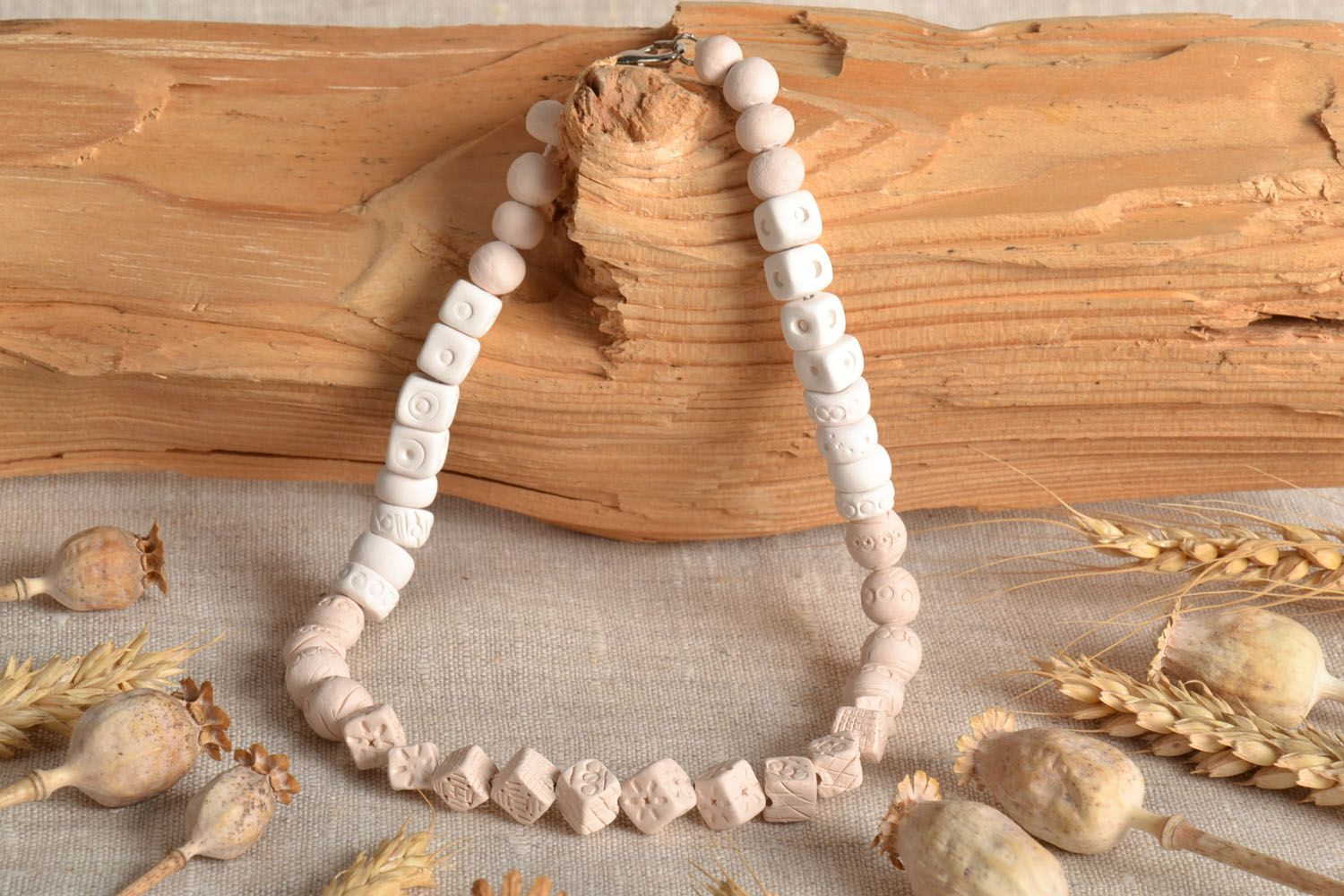 White clay necklace photo 1
