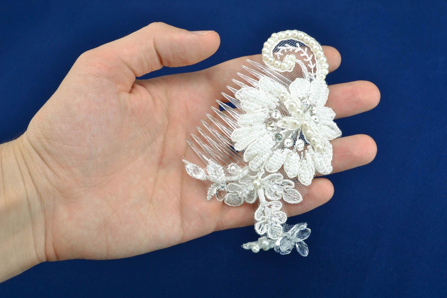 Hair comb with pearl and strasses photo 4