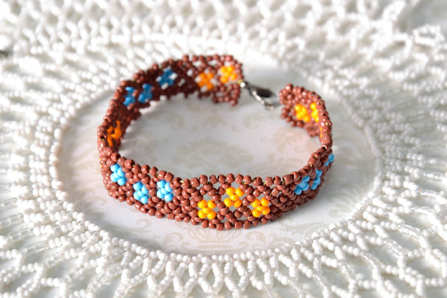 Woven beaded bracelet photo 1