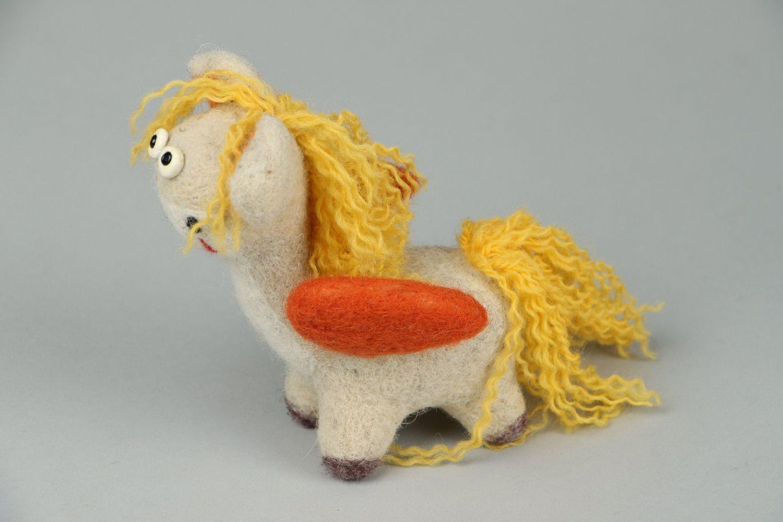 Pegasus made of wool photo 3