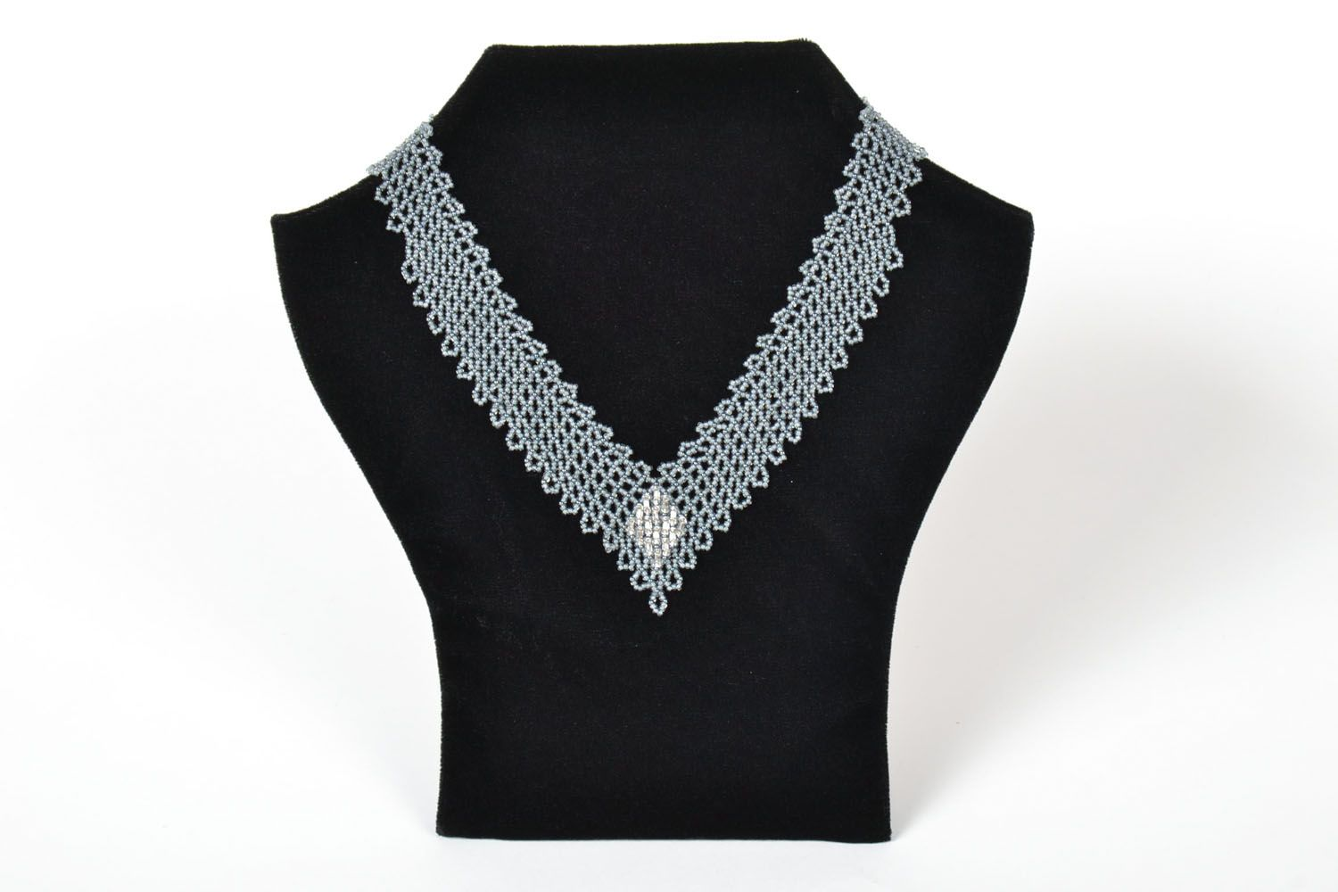 Beaded necklace Triangle photo 1