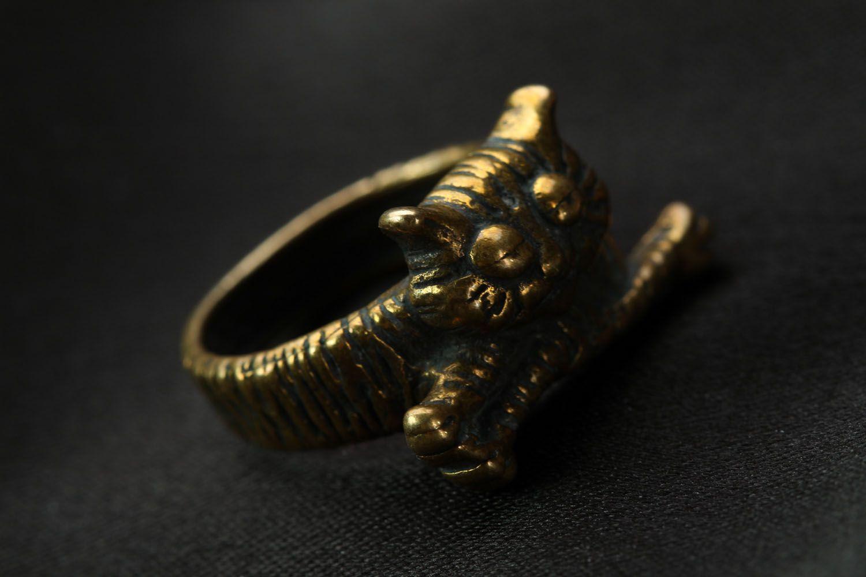 Bronze ring Lazy Cat photo 4