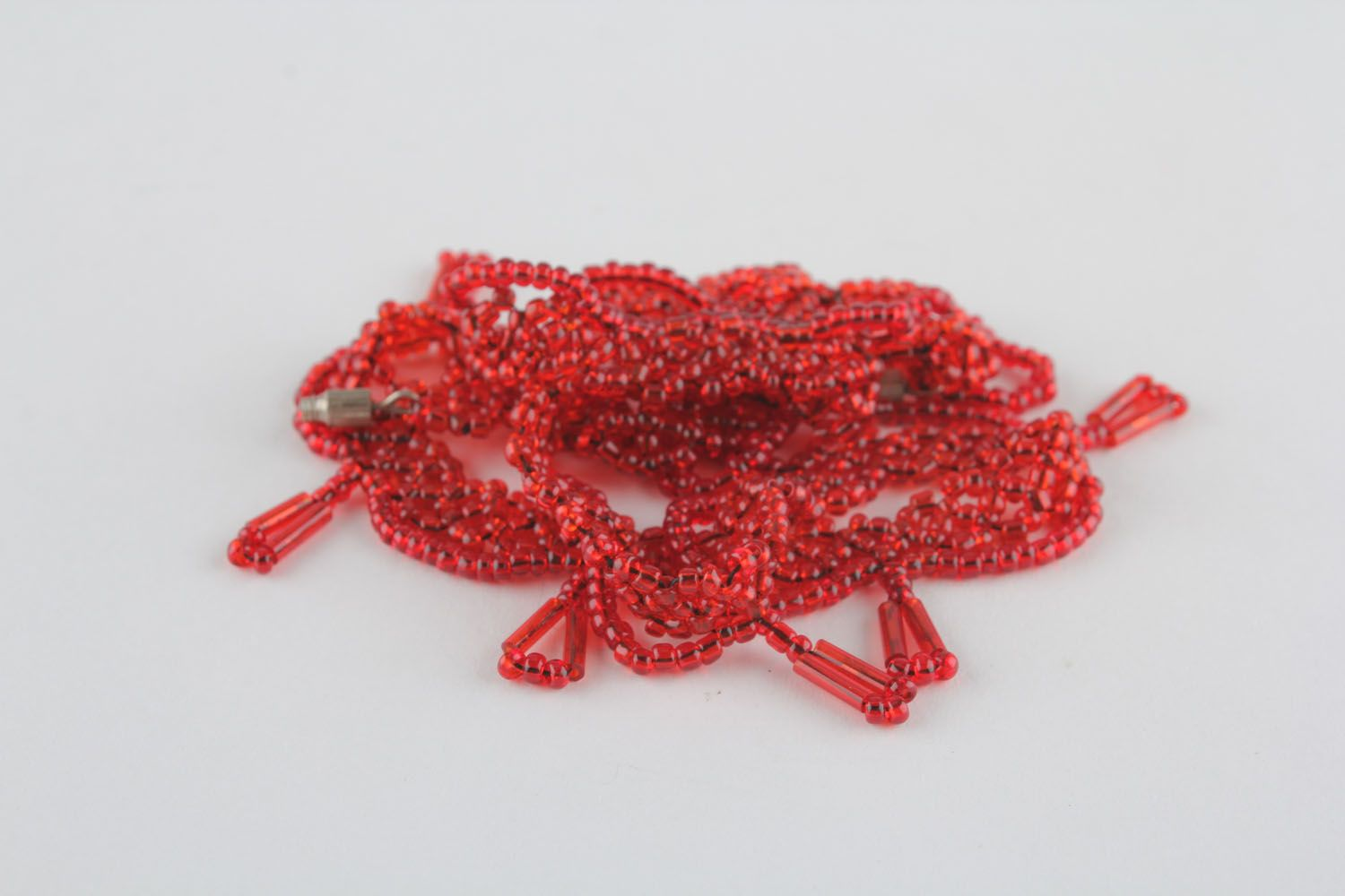 Red beaded necklace photo 1
