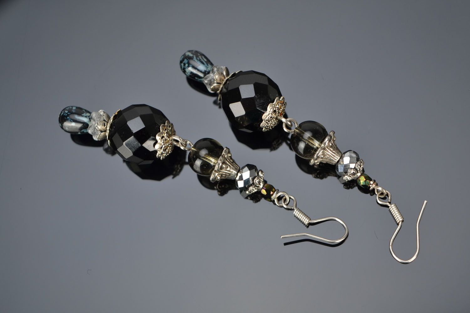 Black glass earrings photo 1