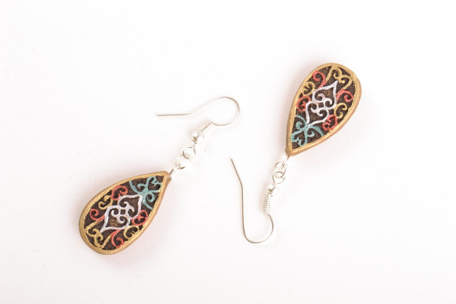 drop earrings Handmade small drop-shaped ceramic dangling earrings with painted ornaments  - MADEheart.com