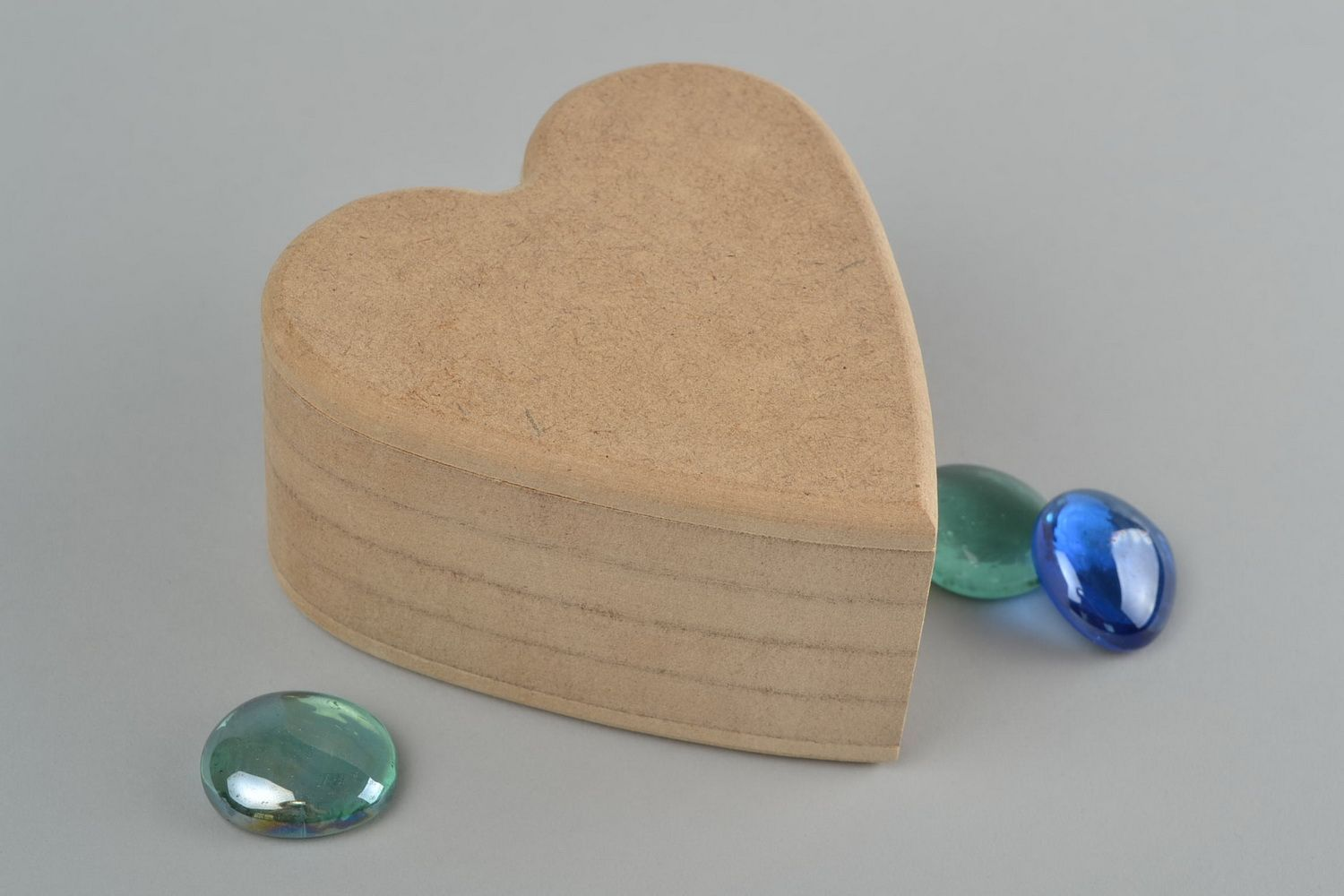 MADEHEART Homemade heart shaped MDF craft blank jewelry box for