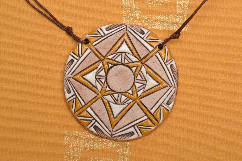 Round ethnic ceramic pendant photo 1