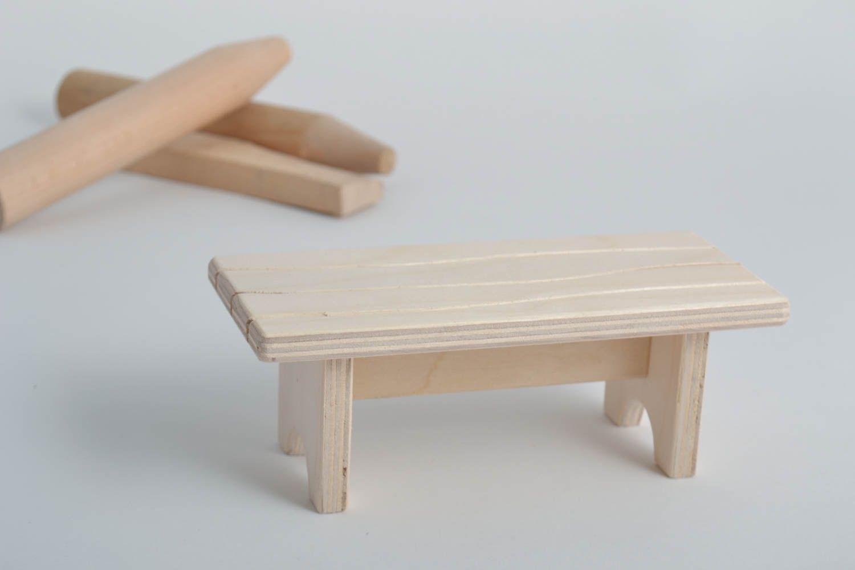 madeheart puppenm bel holz handmade holzfiguren zum. Black Bedroom Furniture Sets. Home Design Ideas