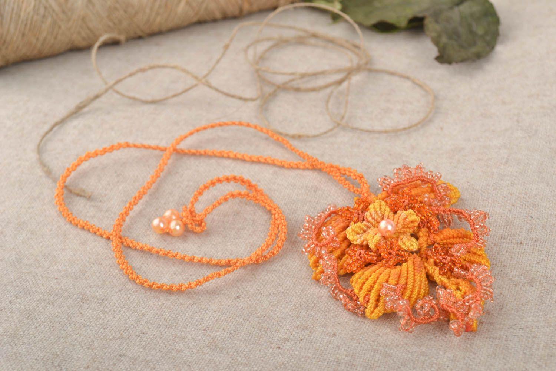 madeheart pendentif macram bijou fait main orange tress original cadeau pour femme. Black Bedroom Furniture Sets. Home Design Ideas
