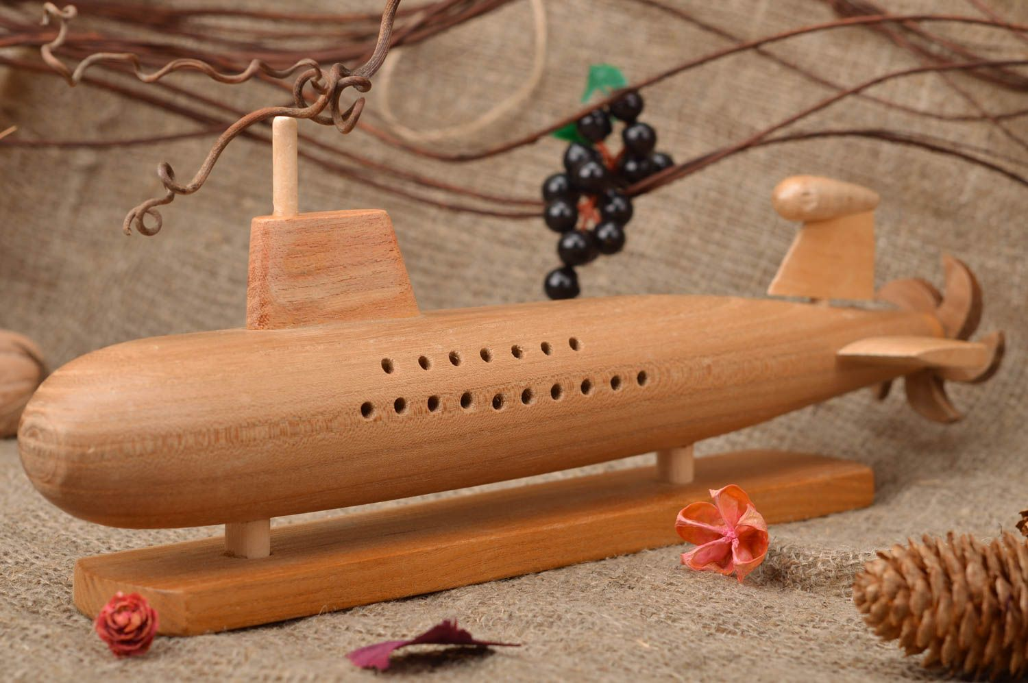 MADEHEART > Eco friendly collectible homemade carved wooden toy ...