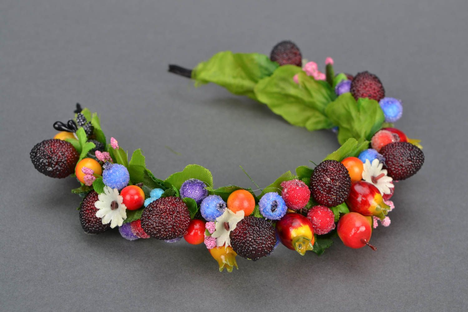 Headband with large berries and fruit photo 1