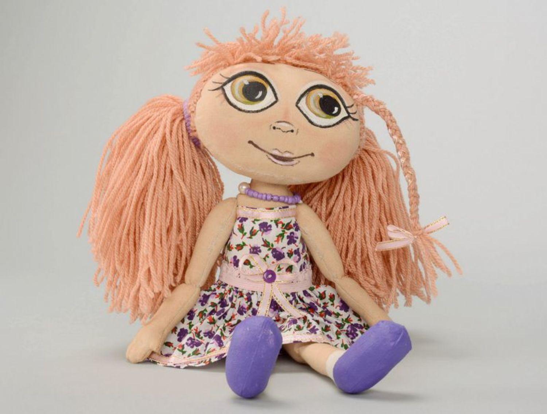 Fragranced doll in lilac dress photo 4