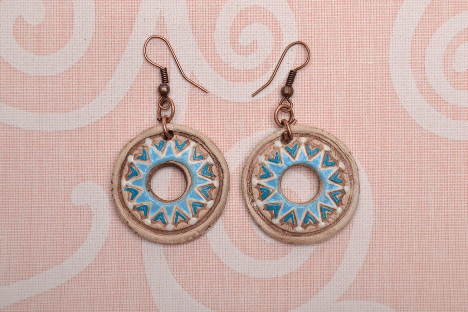 Round clay earrings photo 1
