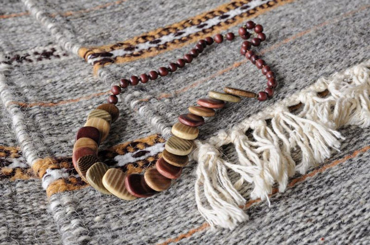 Wooden necklace photo 5