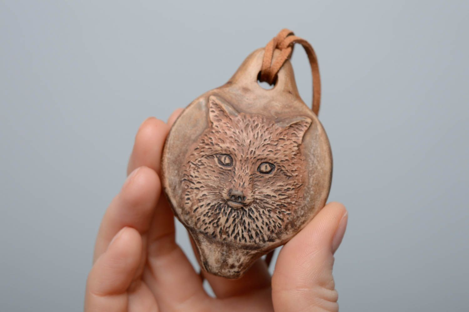 Clay pendant penny whistle Wolf photo 5