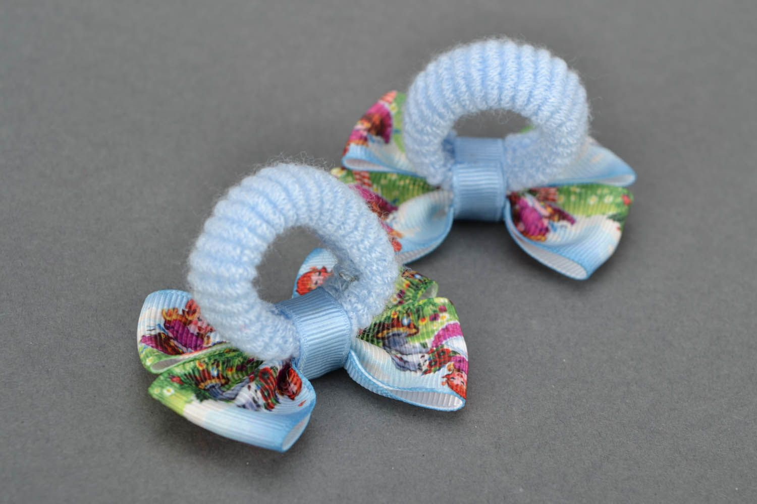 Scrunchies with bows photo 5