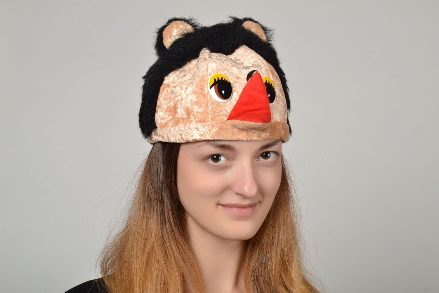 attire Carnival hat in the form of hedgehog muzzle - MADEheart.com