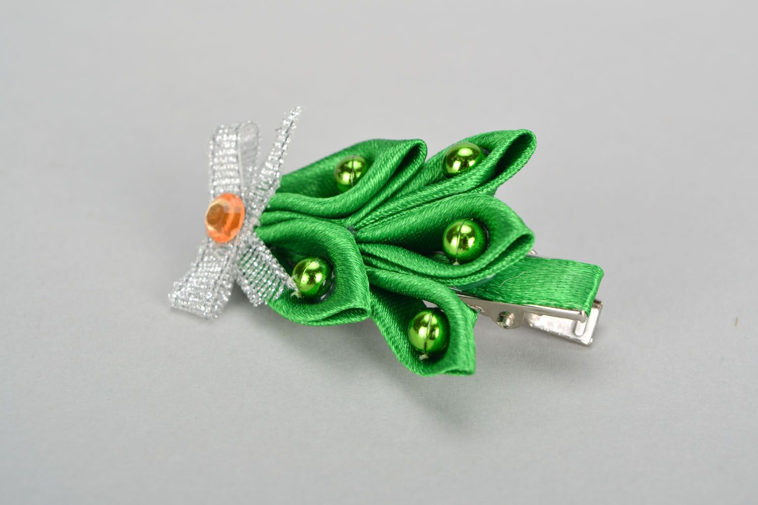 Ribbon hair clip in the shape of Christmas tree photo 3