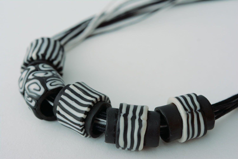 Polymerton Halskette Zebra foto 3