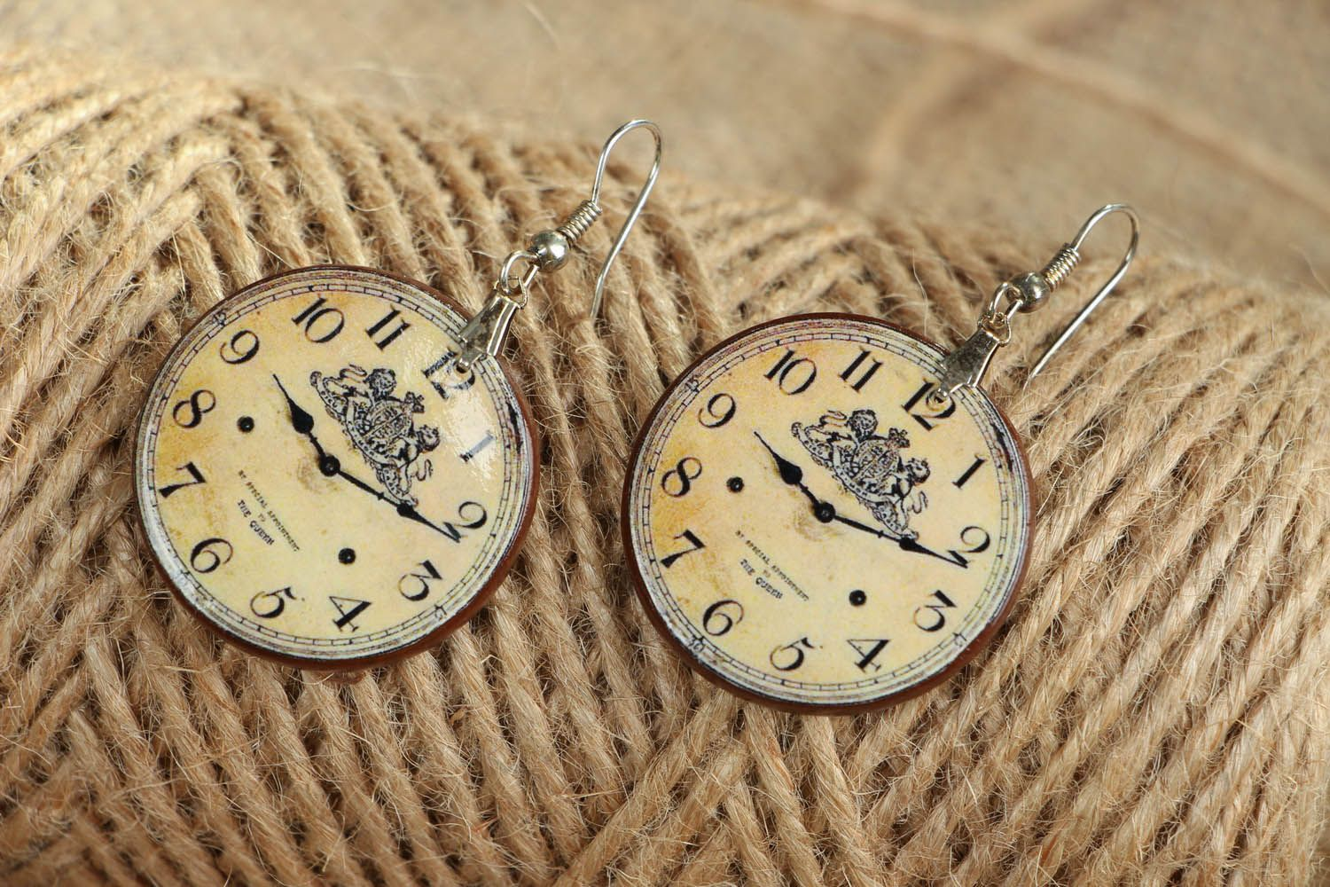 Earrings Clock photo 3