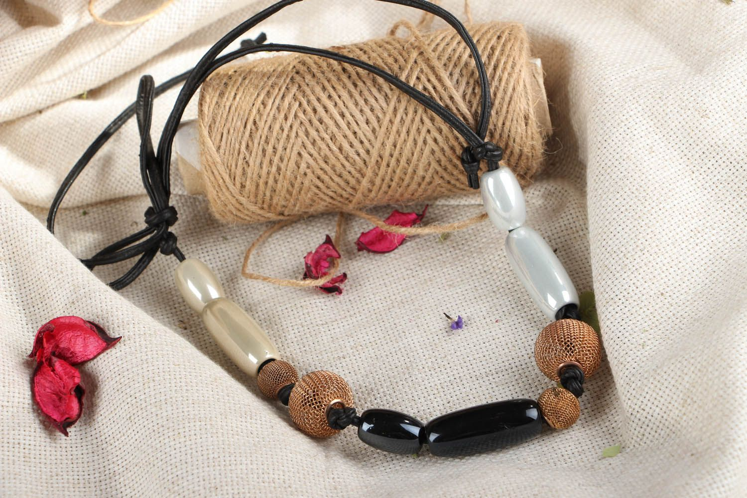 Necklace on leather cord photo 4