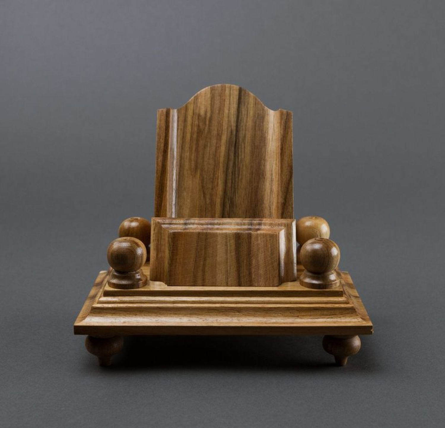 Wooden phone stand photo 3
