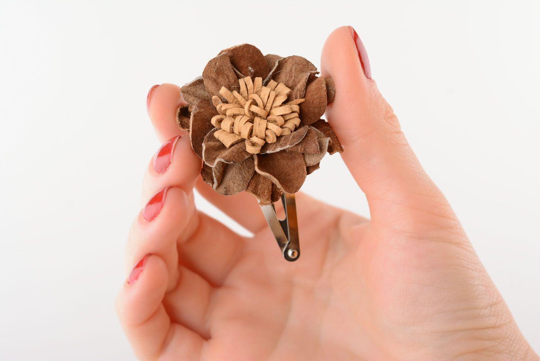 Leather hair clip Flower photo 1