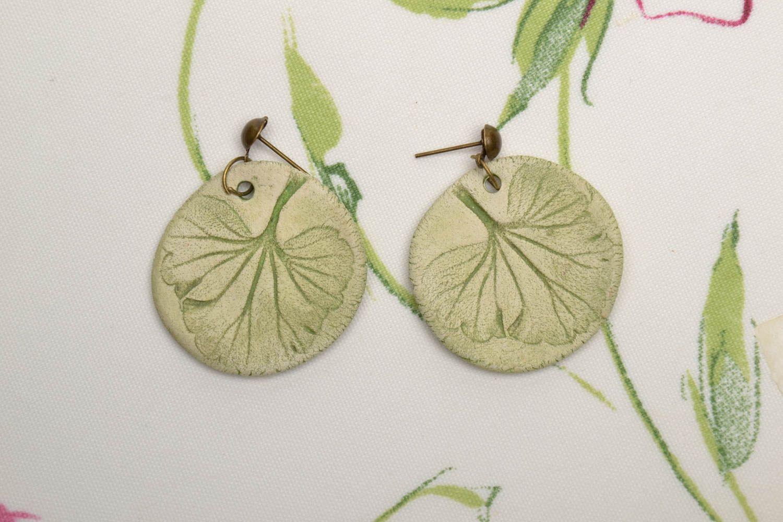 Круглые керамические серьги фото 1