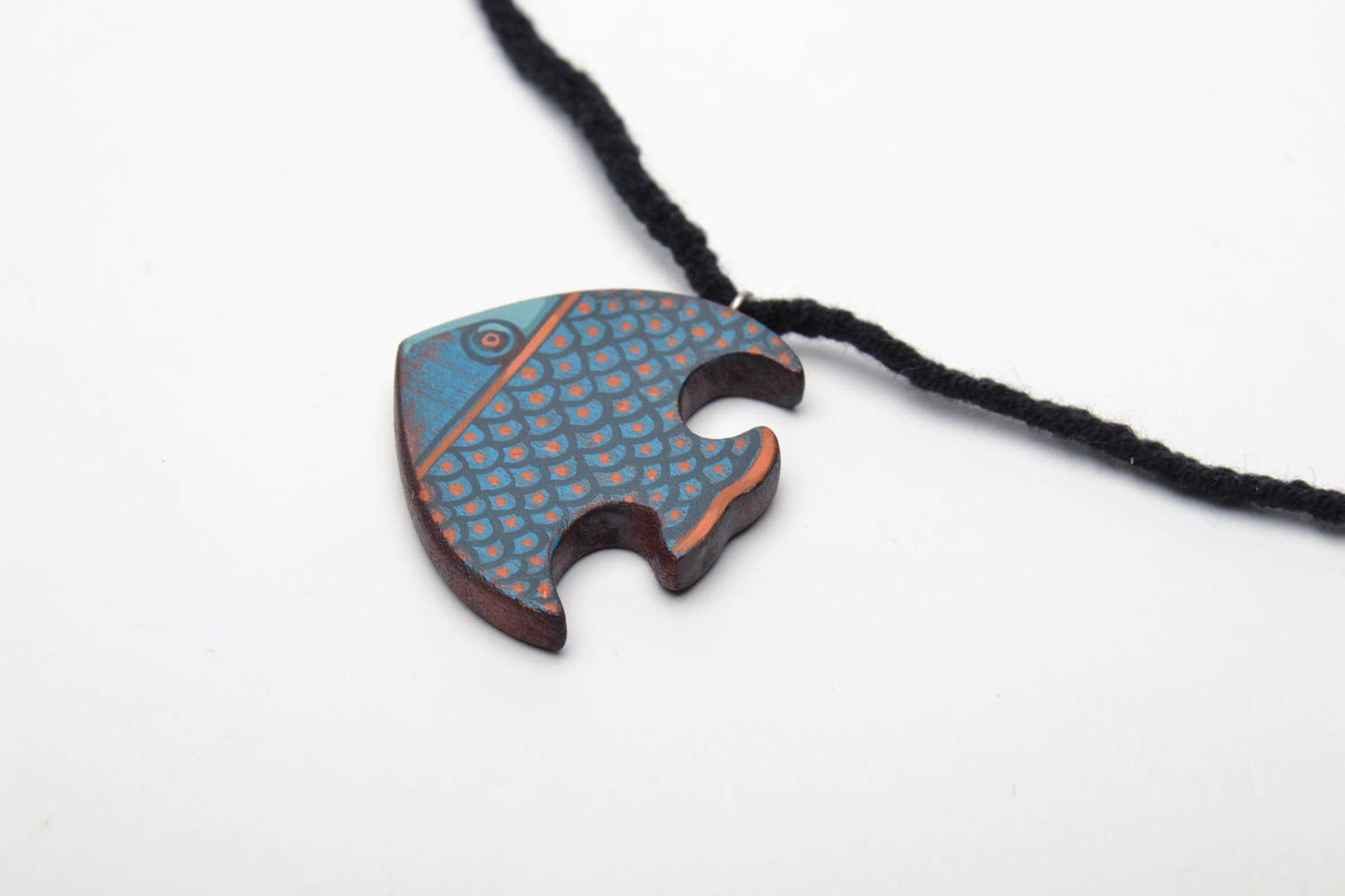 Wooden pendant Fish photo 3