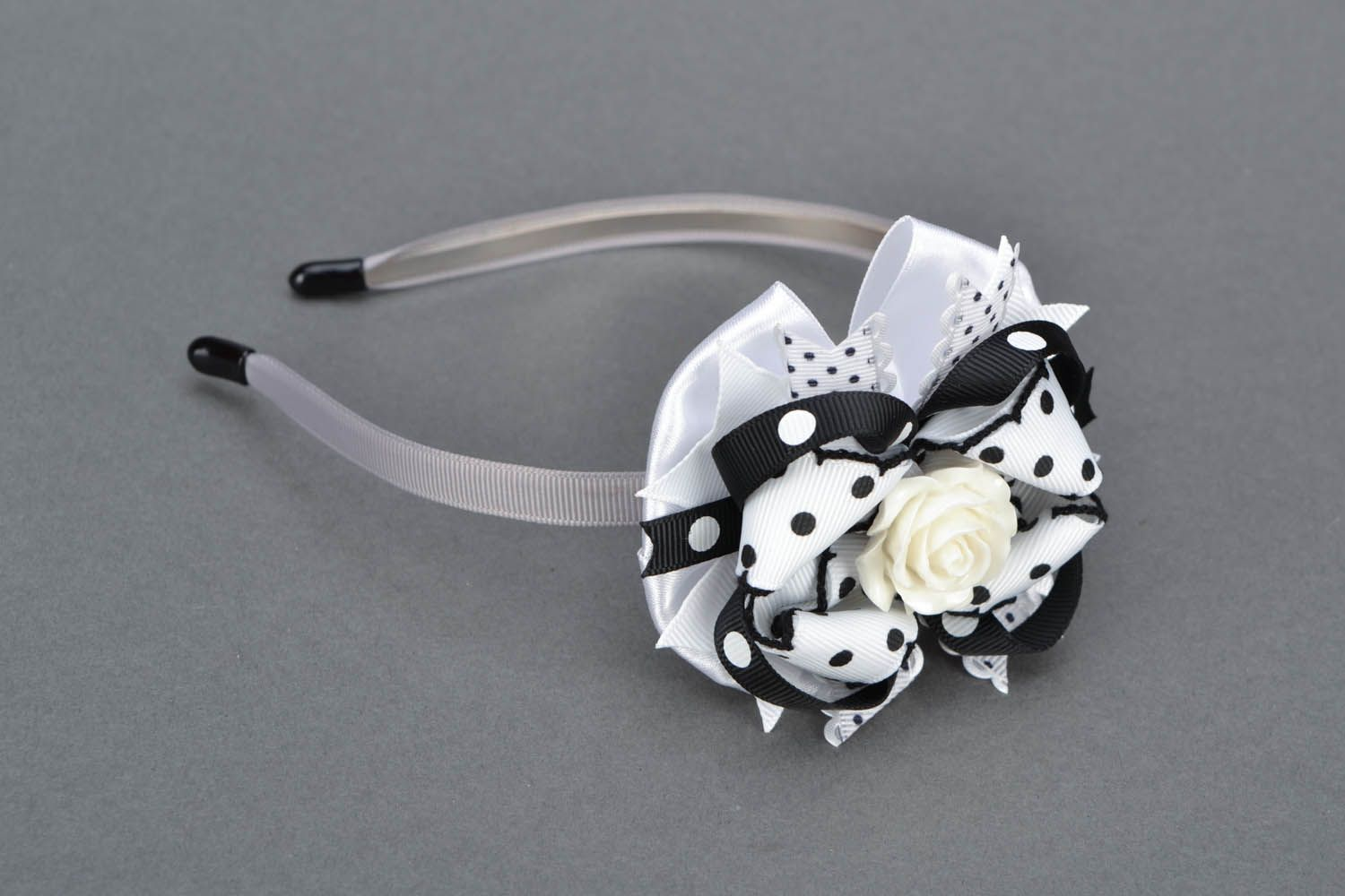 Hair band with ribbons photo 1