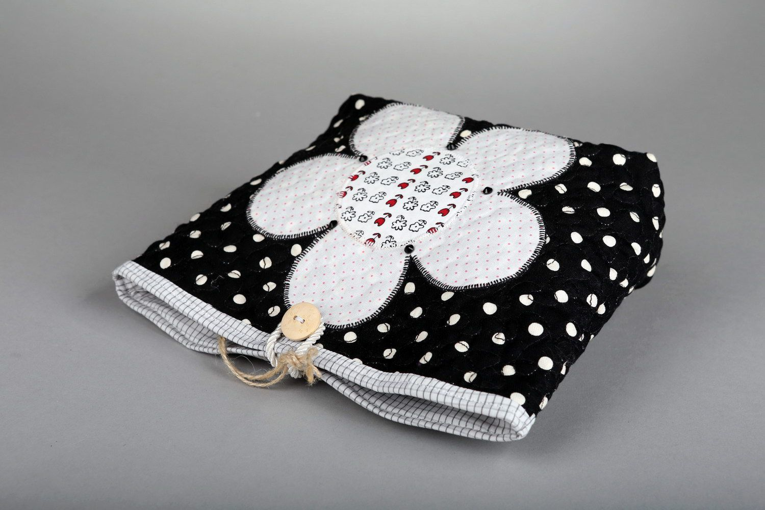 Women's buttoned beauty bag Flower photo 4