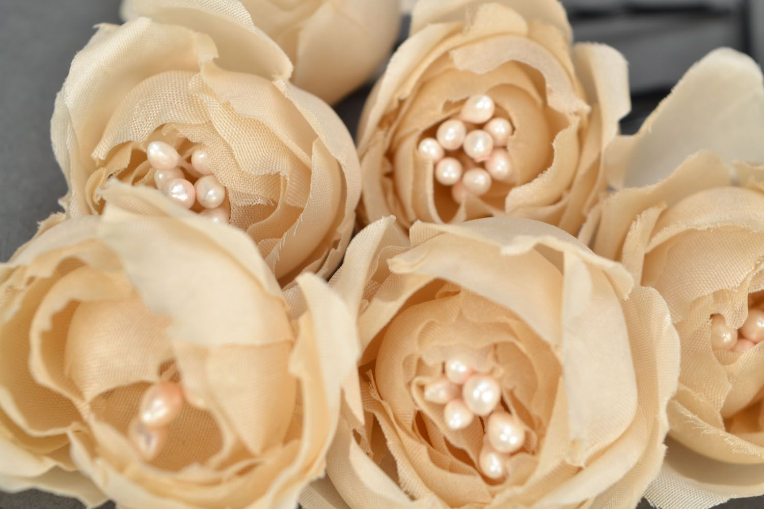 Hair pins with flowers Creamy Dreams photo 3