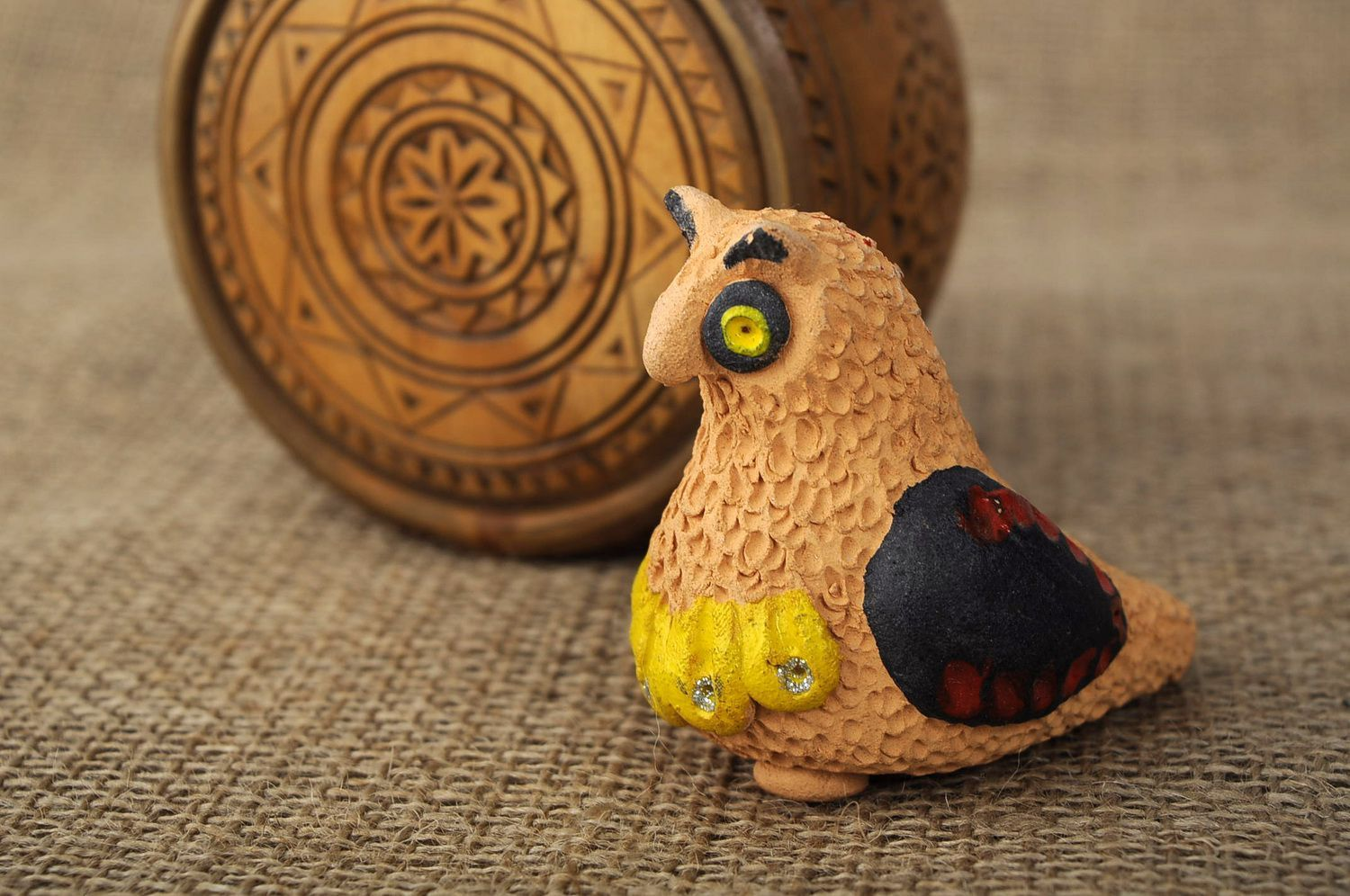Clay penny whistle Owl photo 5