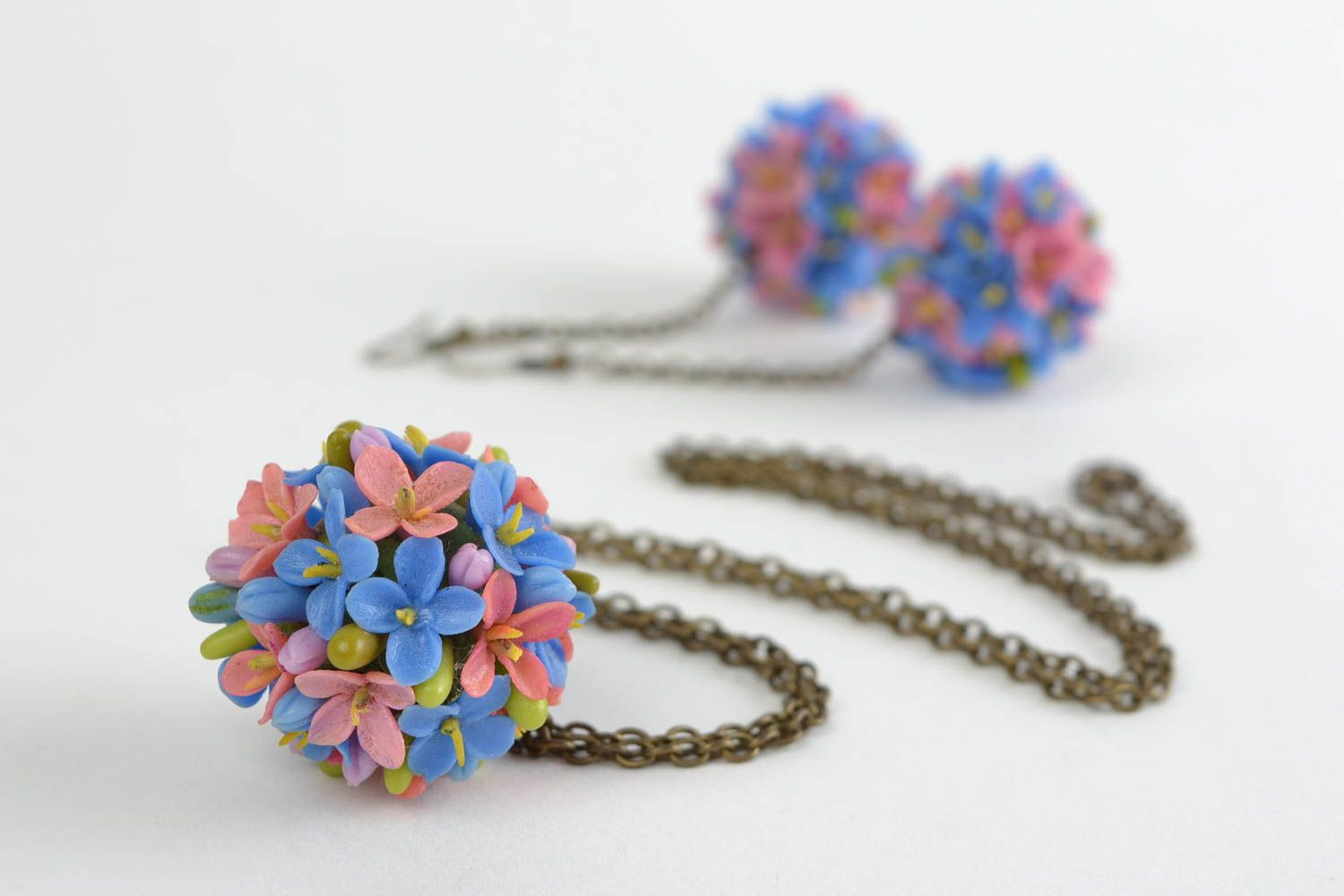 Beautiful design handmade cold porcelain jewelry set flower earrings and pendant photo 4