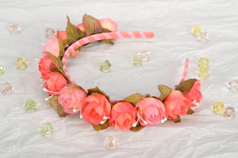 Headband with rose buds photo 1