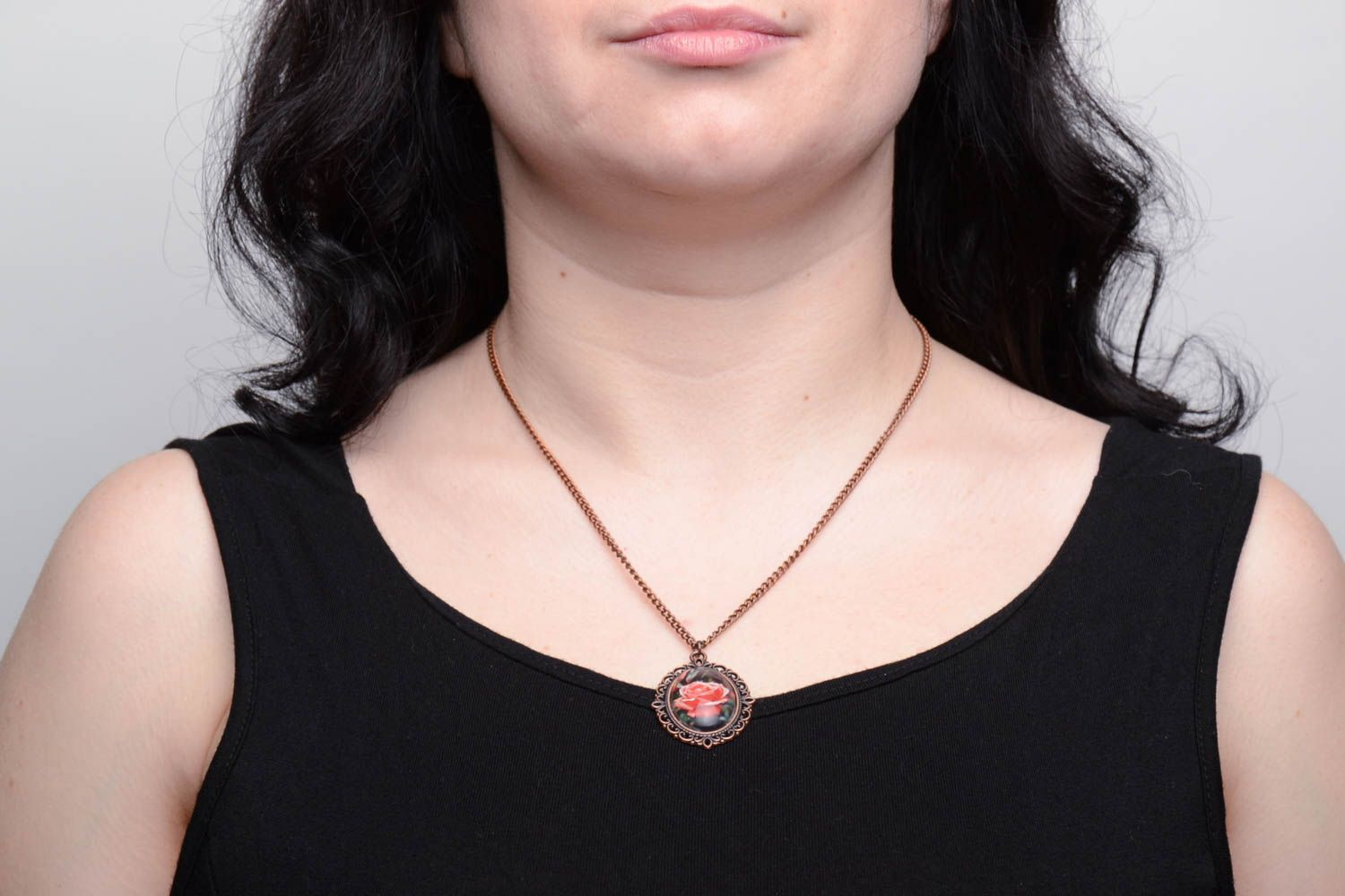 Pendant on long chain with rose photo 5