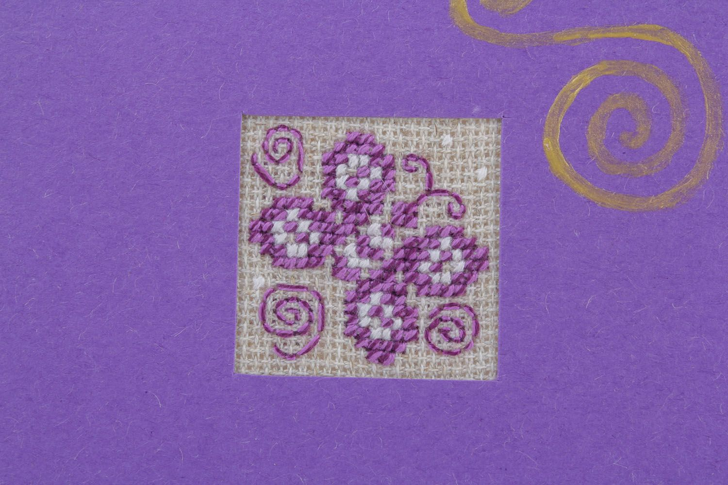 Violet greeting card with embroidery photo 3
