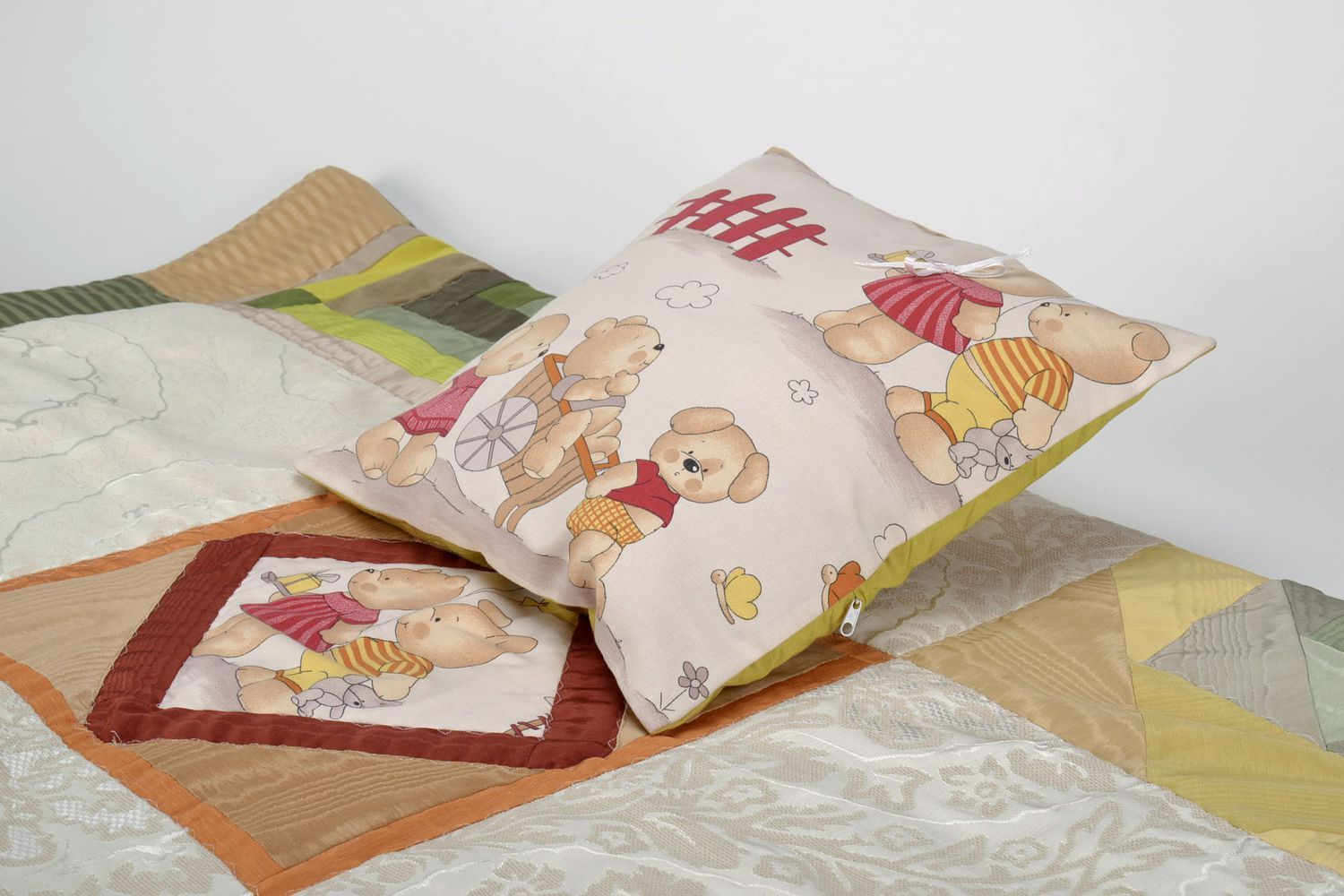 textiles and carpets Handmade baby bed linen set - MADEheart.com