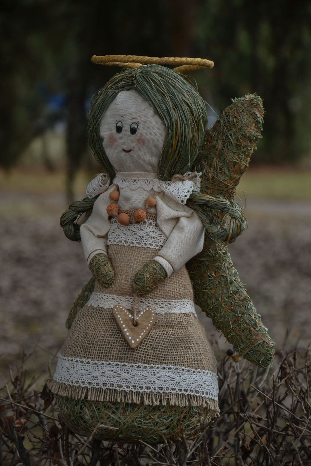 Angel made of grass and hay photo 5
