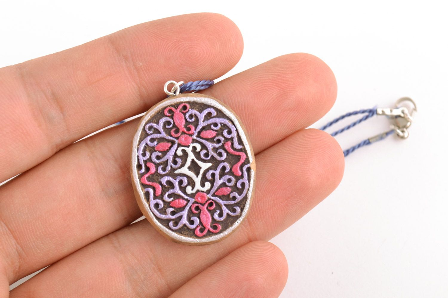 Women's homemade painted clay neck pendant of oval shape photo 2