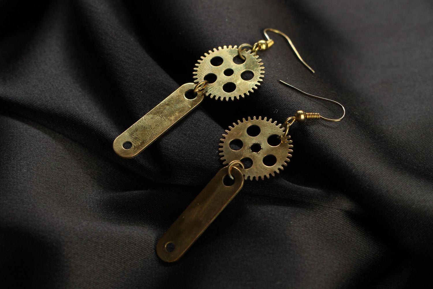 steampunk earrings Metal earrings in steampunk style - MADEheart.com