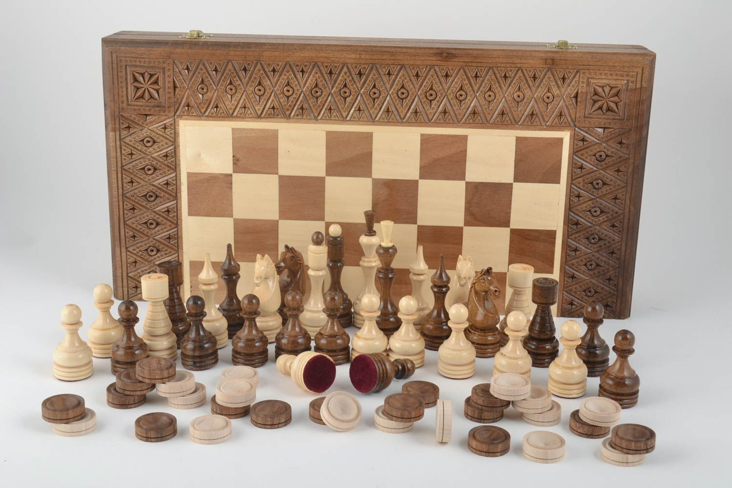 Handmade board games wooden chessboard chess pieces best gifts for him photo 1
