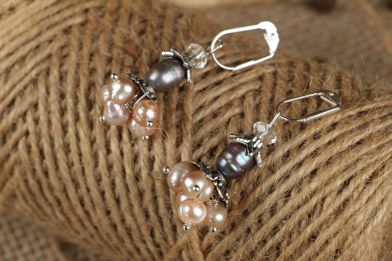 Earrings with pink river pearls photo 3