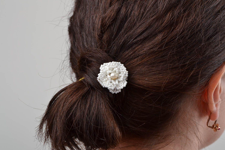 Beautiful handmade white beaded flower hairpin for modeling hair styles photo 2